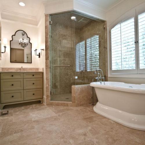 Sandy Springs - Master Bathroom