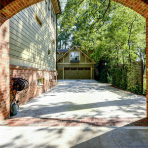 Peachtree Park - Driveway & Garage