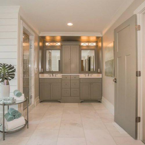 Virginia Highlands - Master Bath Vanity